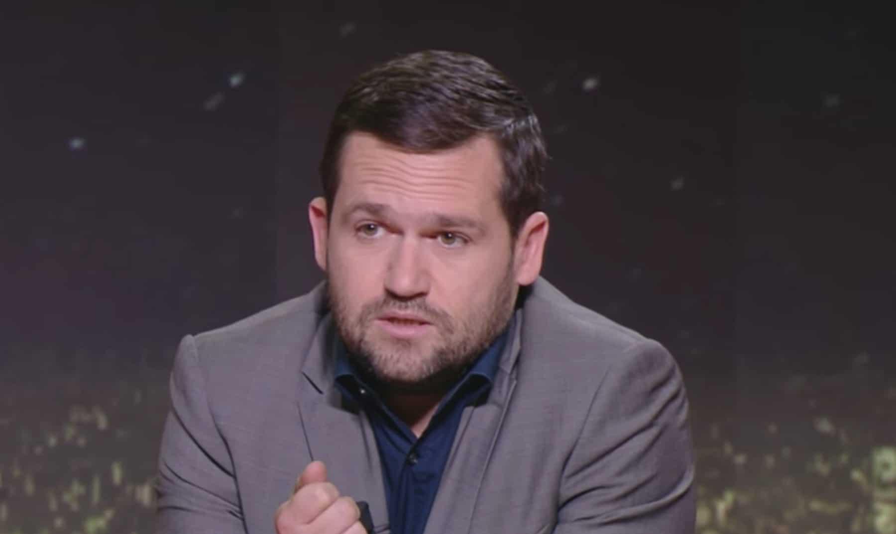 Photo of TV : Les fans soutiennent Anelka, Sébastien Tarrago se justifie