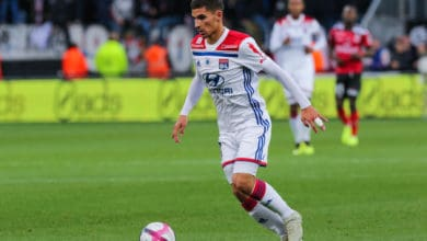 Photo de OL : 35 ME pour Aouar, Jonatan MacHardy pète un câble