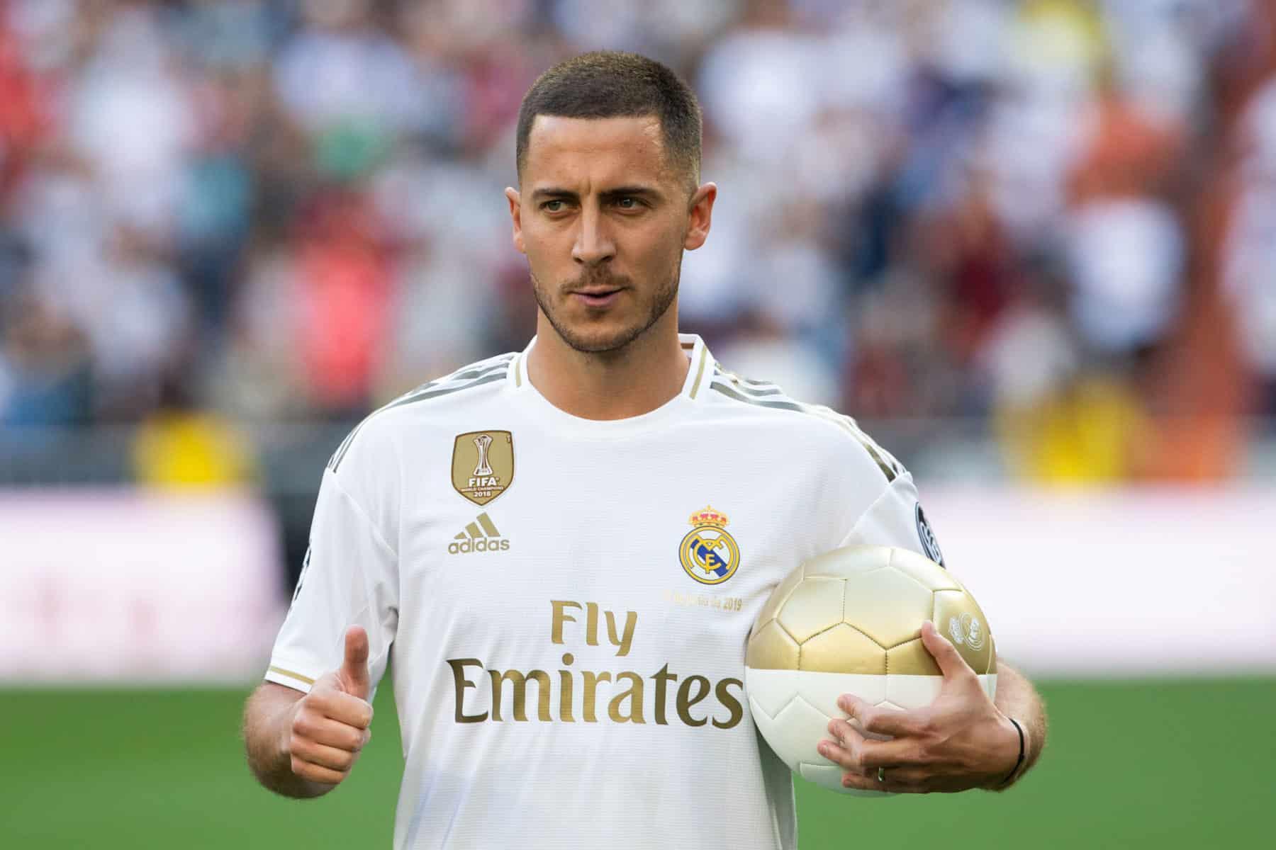 meilleur service 827bc 37de5 Real Madrid : Beckham, Michael Jordan, Eden Hazard fait son ...