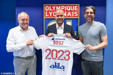 OL : Une défaite abusée, Walid Acherchour accuse Bosz